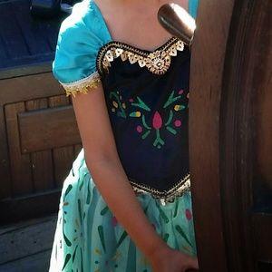 Other - Anna Frozen dress